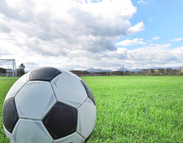 スポーツ選手とスポンサーとの資金面での関係